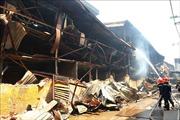 Cần quan trắc không khí liên tục tại khu vực cháy Công ty Rạng Đông