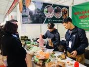 Đặc sản vùng miền 'trăm hoa đua nở' tại Hội chợ Xuân Giảng Võ 2019
