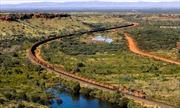 Tàu hỏa Australia tự di chuyển hàng trăm km/h dù không có tài công
