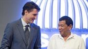 Tổng thống Philippines tuyên chiến với Canada vì rác