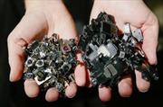 Apple tái chế iPhone bằng robot