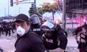 Báo chí trở thành mục tiêu tấn công của hai phía trong biểu tình ở Mỹ