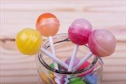 Bộ trưởng của Madagascar bị sa thải vì định chi 2 triệu USD mua kẹo mút cho học sinh