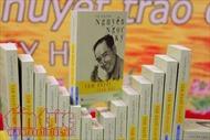 'Tâm huyết trao đời' - quyển sách cuối cùng của người viết 'Bài ca sư phạm' bằng đôi chân kỳ diệu