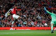 Bị Quỷ đỏ cầm chân 1-1, Liverpool đứt mạch chiến thắng