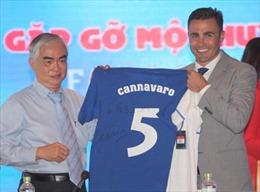 Danh thủ Fabio Cannavaro được tiếp đón nồng nhiệt tại Việt Nam