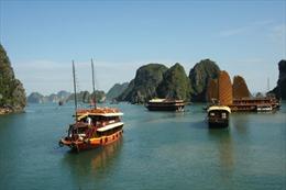 Trộm cắp tài sản, thuyền viên bị 'cấm' làm việc vĩnh viễn trên tàu du lịch Hạ Long