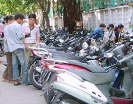Hà Nội cần xử lý dứt điểm việc thu phí trông xe sai quy định