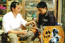 Lương y chuyên chữa rắn độc cắn
