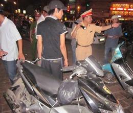 Truy đuổi ráo riết 3 đối tượng trộm cắp xe máy