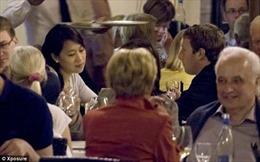 Ông chủ Facebook ăn trưa đạm bạc trong tuần trăng mật