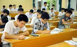 Ghi nhanh buổi thi ĐH, CĐ đầu tiên: Đề toán sát với chương trình phổ thông
