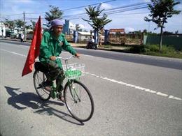 Đạp xe xuyên Việt đem Trung thu đến trẻ em nghèo