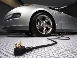 Indonesia tự chế tạo ô tô điện vào năm 2018