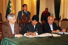 Bolivia quốc hữu hóa 4 công ty của tập đoàn điện lực Tây Ban Nha