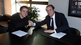 Xavi ở lại sân Nou Camp tới năm 2016