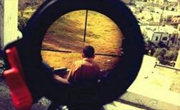 Lính Israel chịu trận vì chụp ảnh ngắm bắn trẻ em