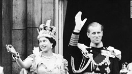 Elizabeth II, người già không phải là người ra đi