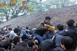 'Đi chùa xin tài lộc là trái với đạo Phật'