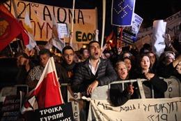 Eurozone 'chìa cành ôliu' với Cyprus