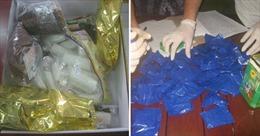 Mật phục, bắt quả tang vụ vận chuyển trái phép 179 viên ma túy tổng hợp