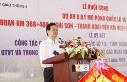 Thủ tướng Nguyễn Tấn Dũng kiểm tra tiến độ Dự án Quốc lộ 1A