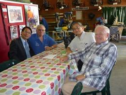 Australia tặng xe lăn cho nạn nhân da cam Việt Nam