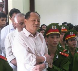 Khen thưởng vụ 'Hội đồng công luật công án Bia Sơn'