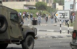 Israel 'cáu tiết' vì liên tục bị nã rocket từ Gaza