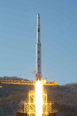 Triều Tiên có thể phóng đồng loạt nhiều loại tên lửa