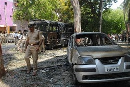 Đánh bom trước trụ sở đảng đối lập tại Ấn Độ