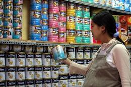 Vẫn khó kiểm soát giá sữa liên tục tăng cao