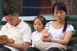 """2/3 gia đình Trung Quốc không """"thật hạnh phúc"""""""