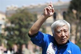 Cụ già 80 lập kỷ lục TG khi chinh phục Everest