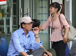 Bao giờ xử phạt được người hút thuốc lá?