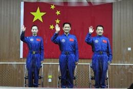Trung Quốc đưa nữ phi hành gia thứ hai lên vũ trụ