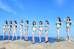 Thí sinh Hoa hậu Dân tộc khoe dáng trước biển