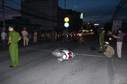 Gây tai nạn giao thông liên hoàn, tài xế bỏ trốn