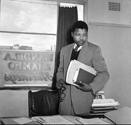 Huyền thoại Nelson Mandela - Kỳ 2: Chiến đấu không mệt mỏi