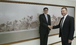 Bộ trưởng Tài chính Mỹ đến Hy Lạp