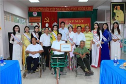 Hoa hậu các Dân tộc Việt Nam tri ân người có công