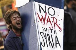 Khắp nơi phản chiến, ủng hộ Syria