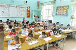 Không chấm điểm học sinh lớp 1, giáo viên còn vất vả hơn
