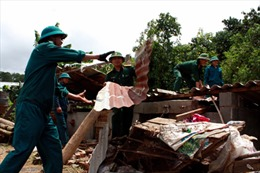 Mưa lớn, lốc xoáy gây thiệt hại tại Lâm Đồng, Cần Thơ