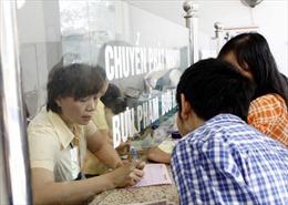 Người dân có thể rút tiền mặt từ tài khoản ngân hàng qua kênh bưu điện