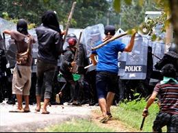 Biểu tình bạo lực tại miền nam Thái Lan