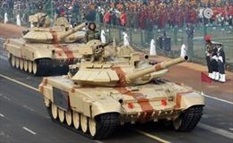 Nga giúp Ấn Độ chế tạo xe tăng T-90
