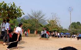 Lễ hội ném Còn Việt- Lào- Trung diễn ra từ 25/10