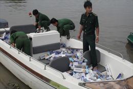 Gian nan chống buôn lậu trong mùa nước nổi