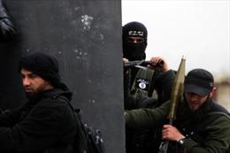 Giao tranh đẫm máu giữa người Kurd và phiến quân Syria